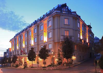Eresin Crown Hotel Eşsiz Bir Müze Oteli