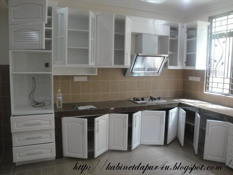 Kabinet Dapur Kayu Warna Putih