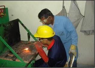 مهارات اللحام بالقوس المعدني والبرشام واللحام بالقصدير وتقنيات الوصل الحديثة