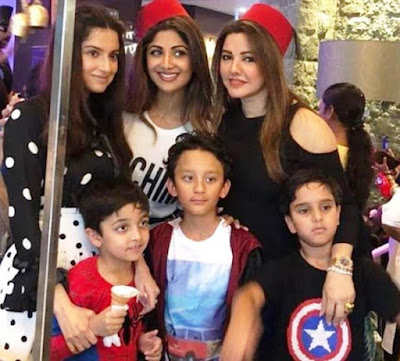 star-kids-enjoying-shilpa-shettys-son-birthday