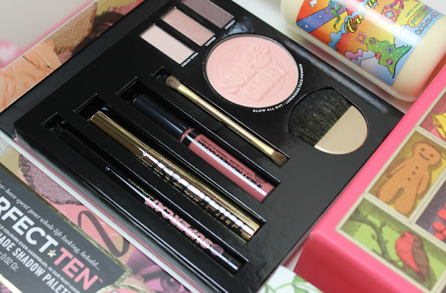 A picture of Soap & Glory Glam-O-Flage Cosmetics Kit