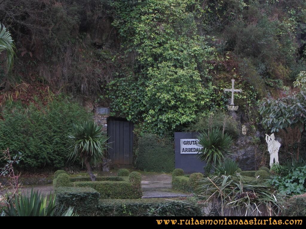 Ruta al techo de Castrillón, Prado Marqués: Salida junto a la Gruta Arbedales