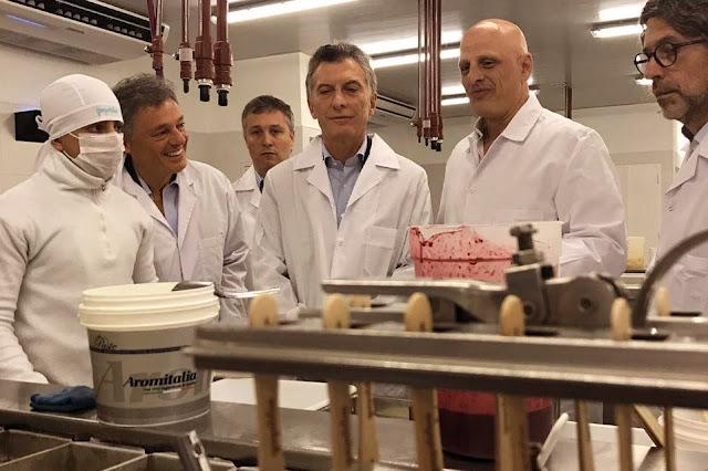 Macri y Cabrera celebraron la aprobación de la Ley de Emprendedores en Malvinas Argentinas
