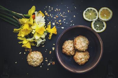 Receta de cocina oriental de como preparar unas Bolitas de arroz y verduras