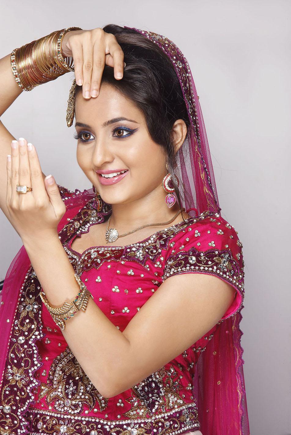 Shanvi Cute Hd Wallpapers Bhama Photoshoot Stills South Indian Actress