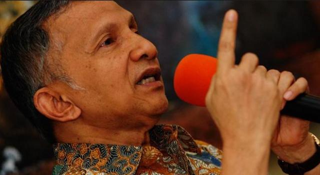Amien Rais: Indonesia adalah Ayam Bertelur Emas, Tapi Jokowi Malah Jual Ayamnya