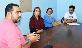 Secretário de Saúde, Julio Cesar Ambrosio, recebe visita de agentes  de viagem de Volta Redonda, que trarão 10 mil idosos para Teresópolis