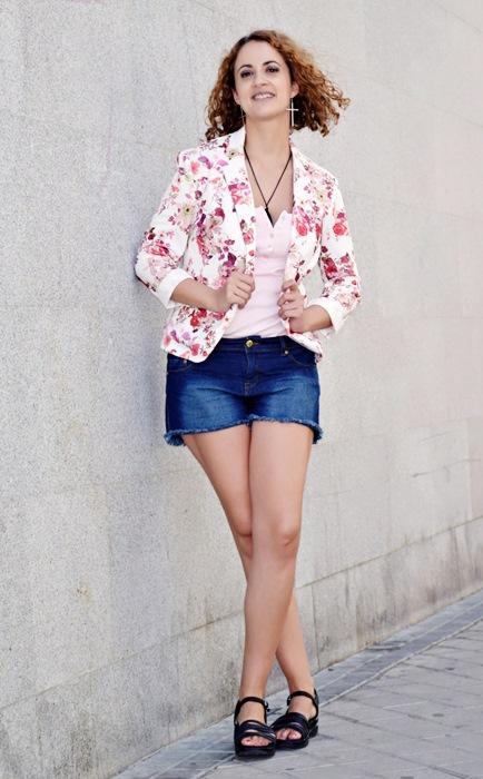 Outfit-Chaqueta-Flores-2