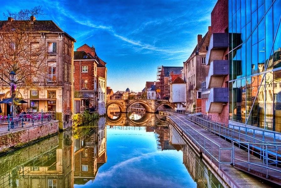 10 Best Places to Holiday in Belgium (100+ Photos) | Buildings in Mechelen, Belgium