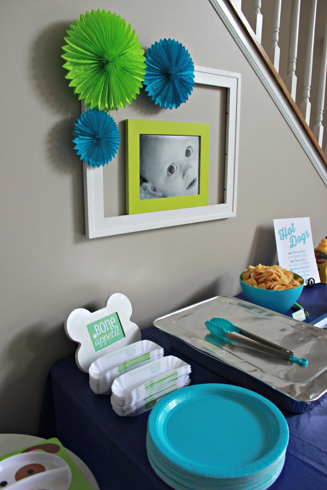 Kid's dog themed party food table