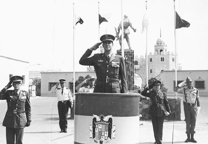 "Un dia como hoy en 1975, Juan Carlos dijo; ""España no dará un paso atrás"". Dos dias después, España abandona el Sáhara."