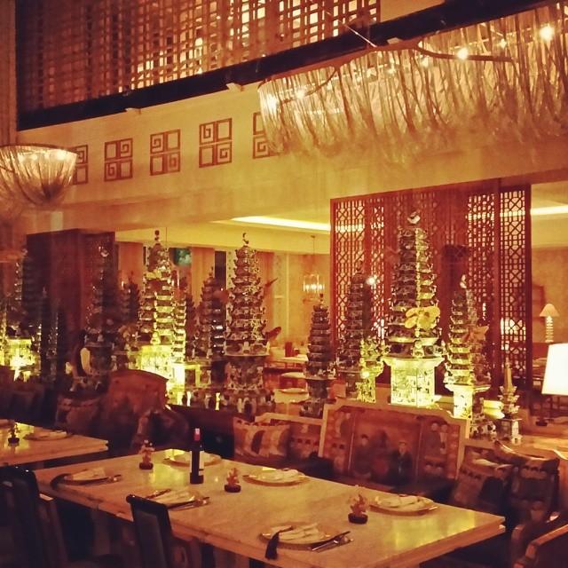 Table8 - Restoran Romantis di Jakarta