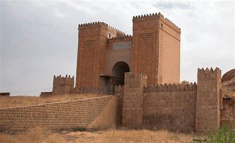 Την «Πύλη του Θεού» στη Νινευή κατεδάφισαν οι τζιχαντιστές