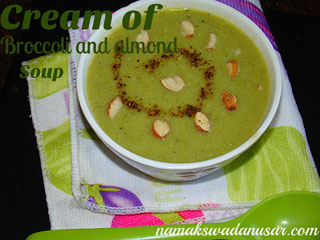 Creamy of broccoli and almond soup