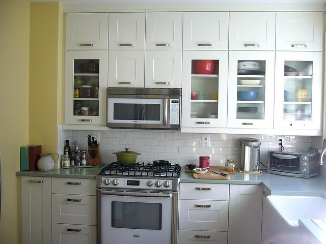Wandfarben für die Landhausstil Küche – Ideen für die ... | {Küchen landhausstil grau 49}