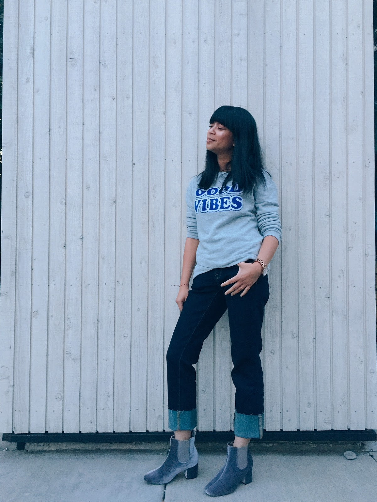 graphic good vibes gray sweater, gray velvet booties, dark high rise straight slim jeans cropped, portland fashion blogger, fall style 2017, velvet, fall trends, fashion blogger, filipino blogger,
