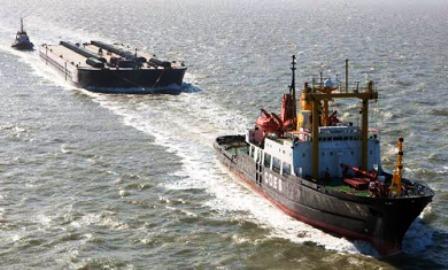 KAPAL TONGKANG Hopper Jenis Kapal Laut di Indonesia