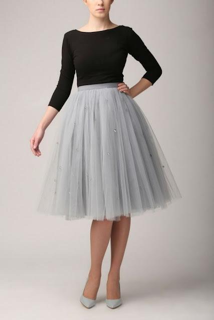 falda de tul gris