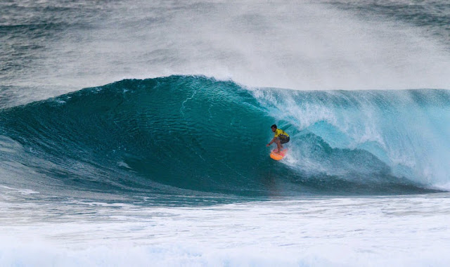 66 Vans World Cup of Sufing 2014 Keanu Asing Foto ASP