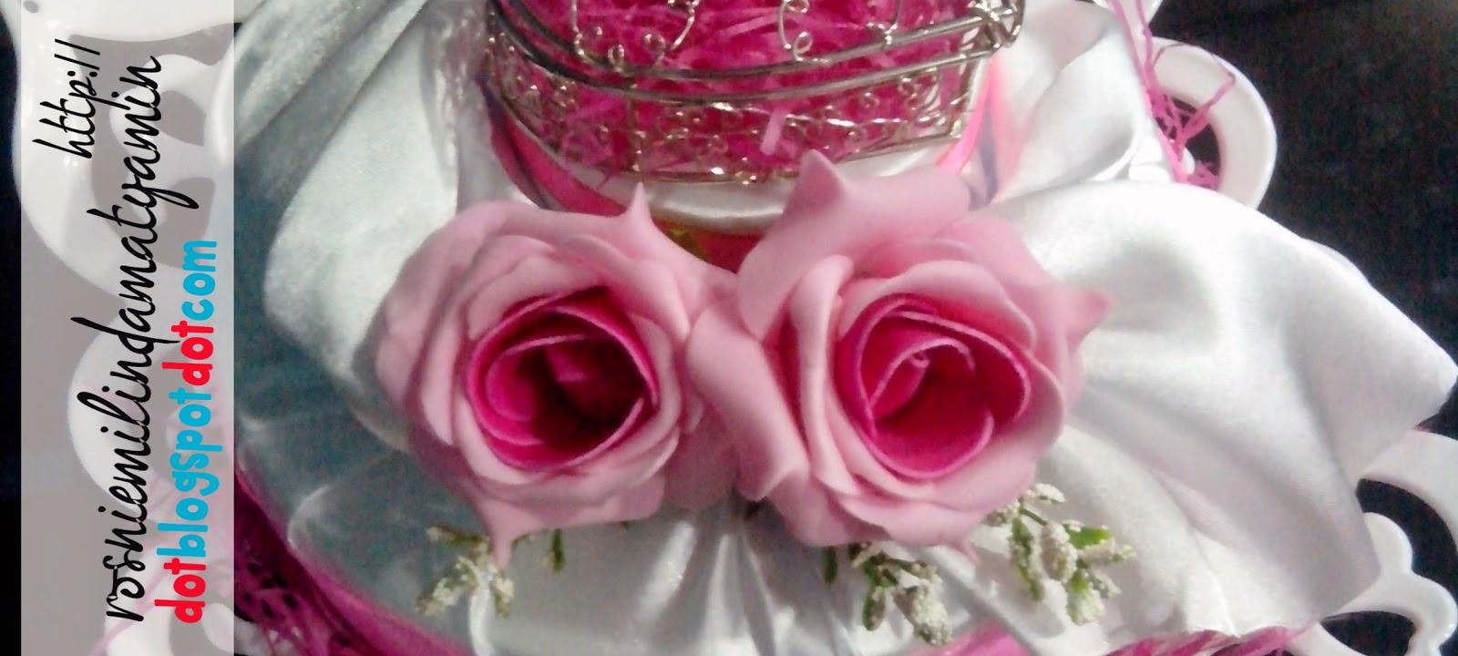Gubahan Hantaran Perkahwinan - Pink Putih