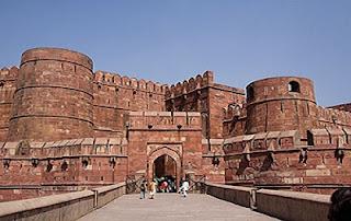 http://www.ponpeshamka.com/2018/02/peradaban-kerajaan-islam-mughal-di-india.html