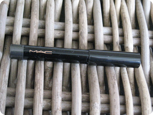 MAC Powerchrome Eye Pencil in Polished Jet Review