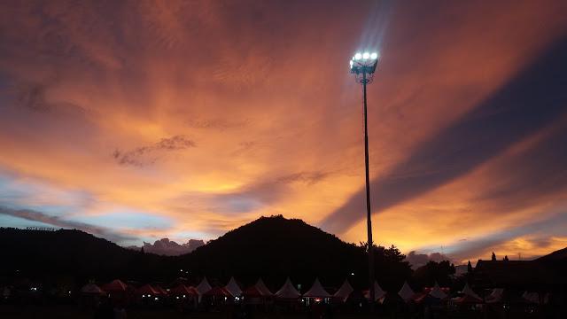 Langit Orange di Pameran Luwu Expo 2017