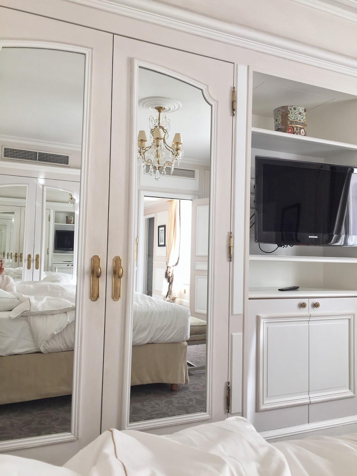 Le Meurice hotel review paris vancouver travel blogger