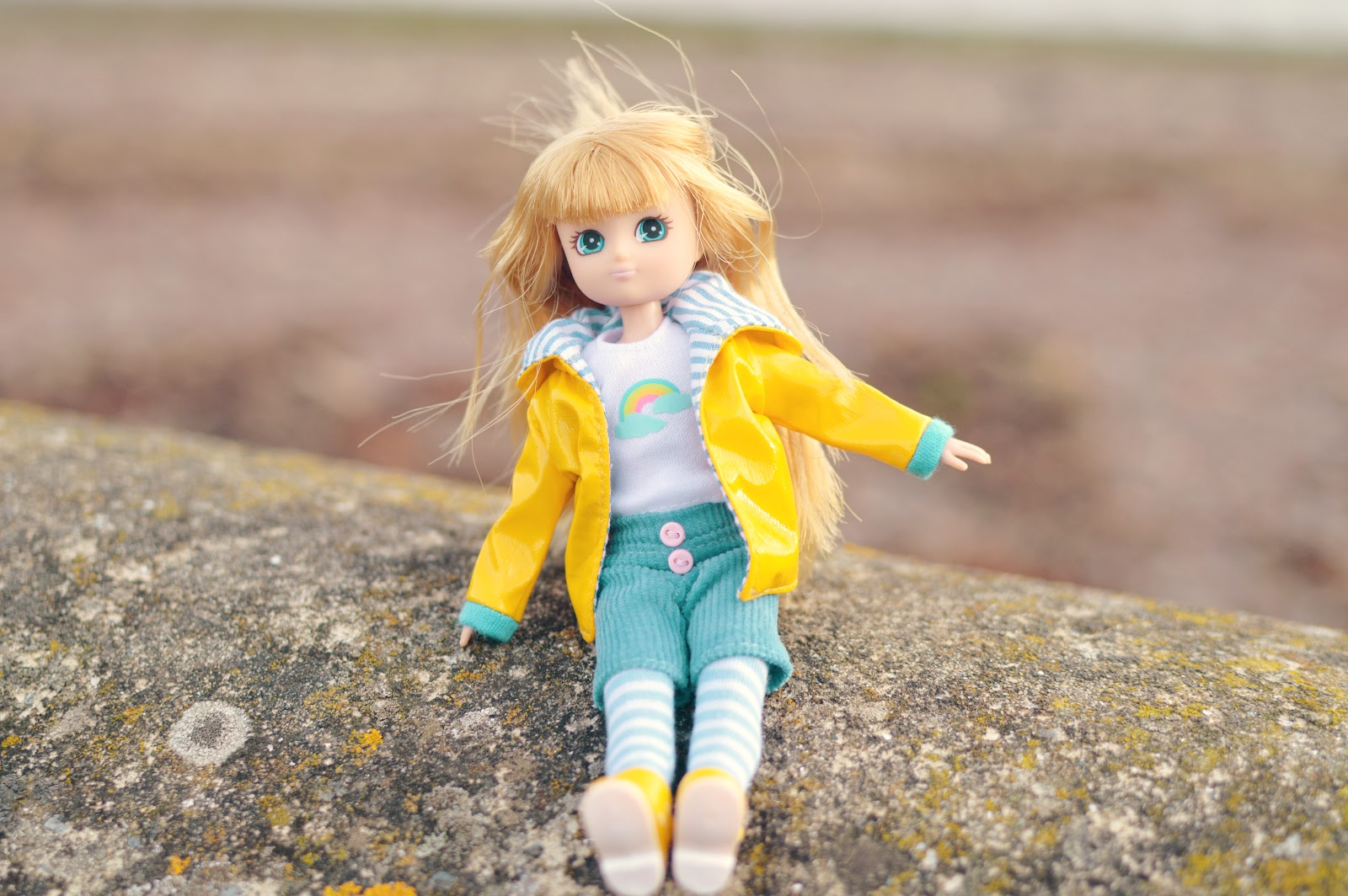 , School Days and Muddy Puddles / Lottie Dolls Review