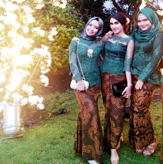 rok span batik kombinasi