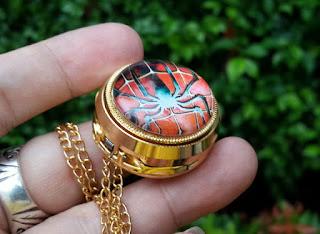 Jam Saku Unik Spiderman P1053 Mini Quartz With Necklace Chain