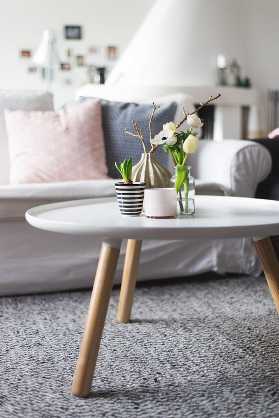 Lovely Round coffee tables