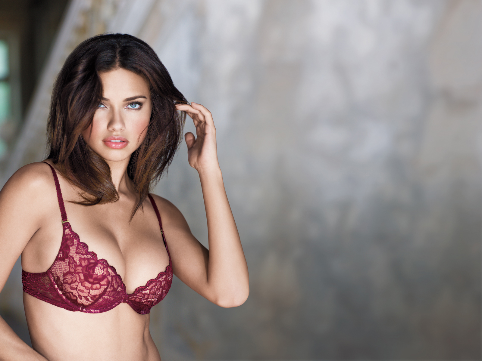 Adriana Lima ~ Hollywood Key