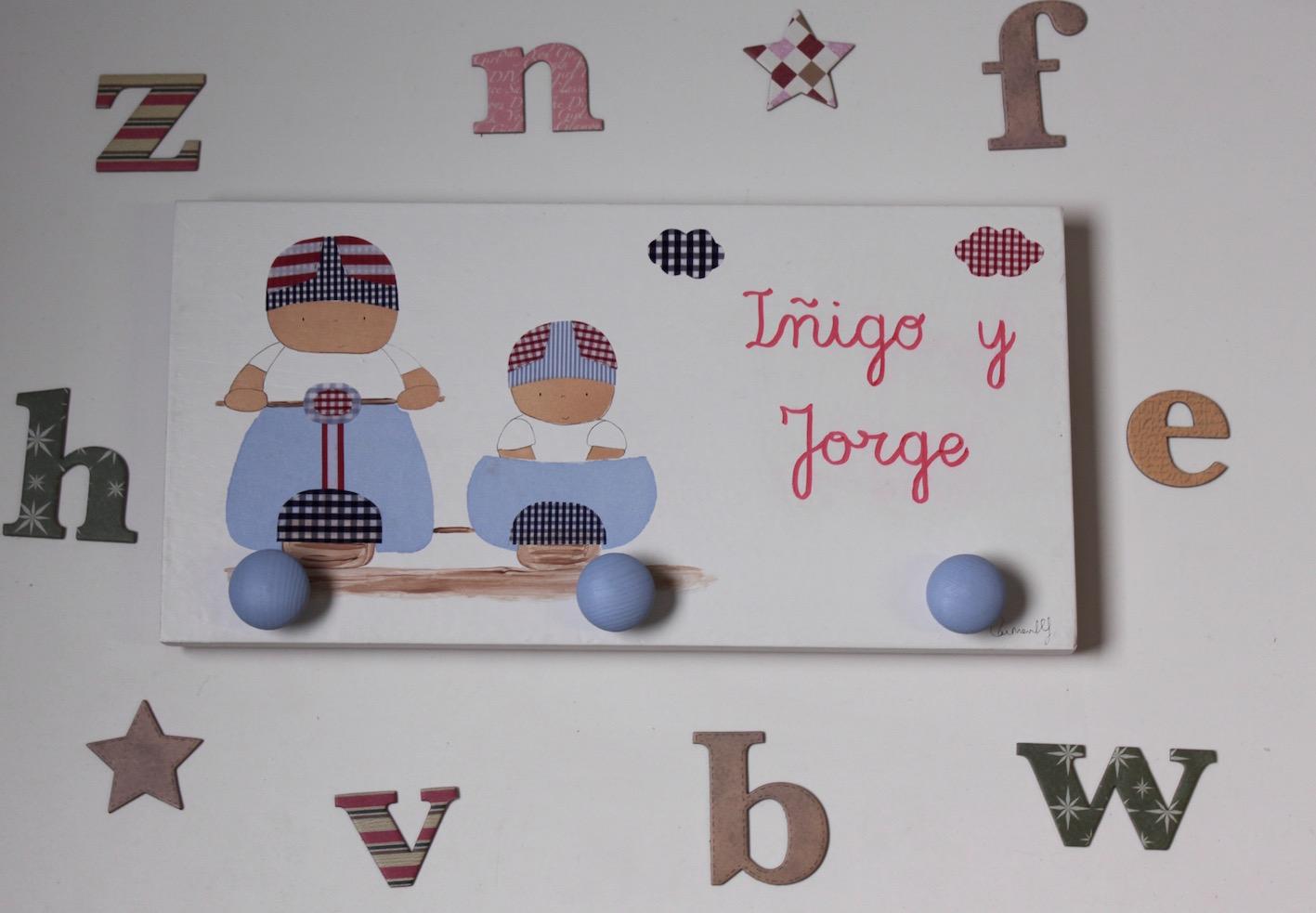 Percheros infantiles personalizados decoraci n infantil - Perchero pared infantil ...