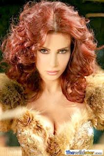 نيللي مقدسي (Nelly Makdessy)، مغنية وعارضة أزياء لبنانية