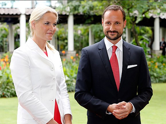 Crown Prince Haakon and Crown Princess Mette-Marit met the Secretary-General of the ASEAN, Dr Surin Pitsuwan