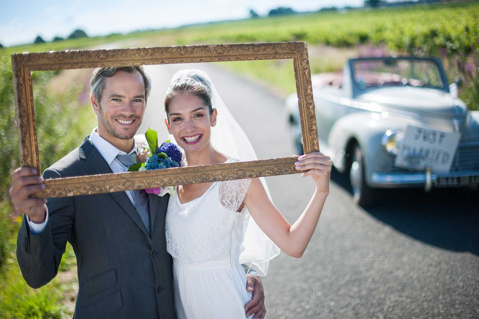 wedivite blogspot wedding e invitations Providing photos of both bride and groom and address of the venue and date of wedding simply makes Free E Invitation for your valuable guests
