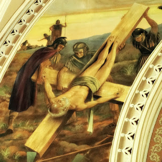 Crucificação de São Pedro na Igreja São Pedro, Porto Alegre