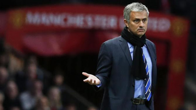 Mourinho speaks on Manchester United style of play, title race