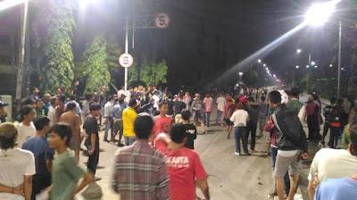 Terungkap…Ini Pelaku Penjarahan Alfamart Saat Demo Ahok, Ternyata Pelakunya Bukan Pendemo Yang Di Istana (Tolong Sebarkan Biar Umat Muslim Tidak Difitnah Terus)