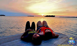 pesona senja di pulau harapan