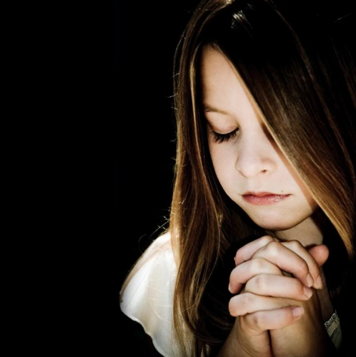 Gambar Orang Berdoa  Gambar Terbaru  Terbingkai