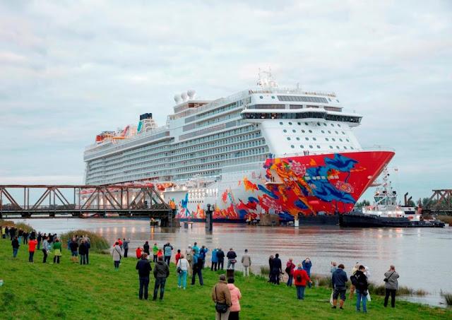 El barco Crucero Dream Cruises