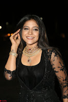 Sakshi Agarwal looks stunning in all black gown at 64th Jio Filmfare Awards South ~  Exclusive 123.JPG