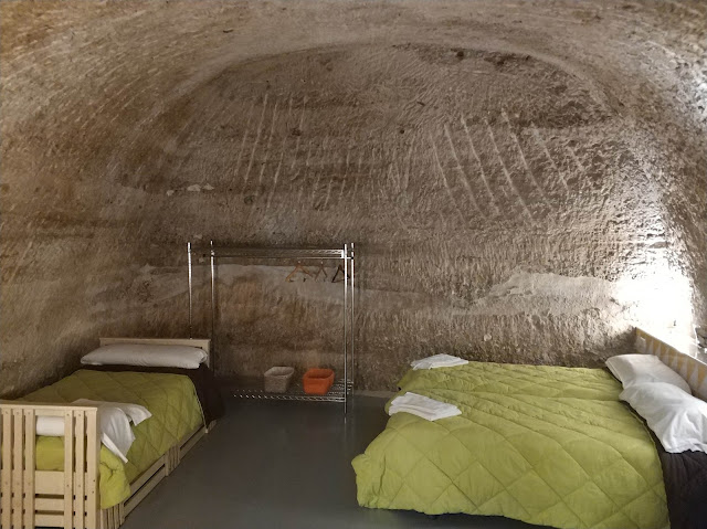 Habitación dentro de la Cueva de las Bardenas Reales