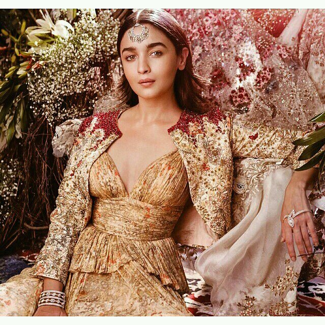 Alia Bhatt Sizzles for Baazaar Magazine Photoshoot