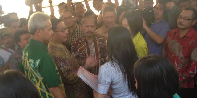 Gubernur Ganjar dan Menteri Ferry Marah dan Semprot Dua Perempuan Calo Cantik