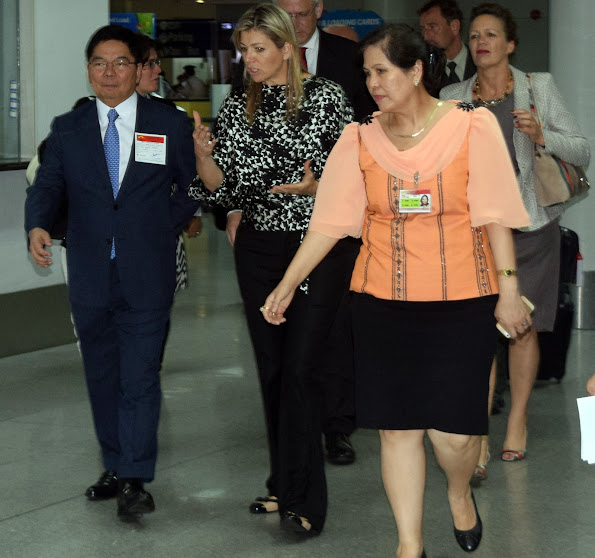 The Queen will be in ManilaBSP Governor Amando Tetangco and DFA Ambassador Evelyn Austria-Garcia . Permanent Representative, Permanent Mission to the United Nations in New York, USA.