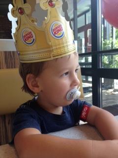 Kind bei Burgerking