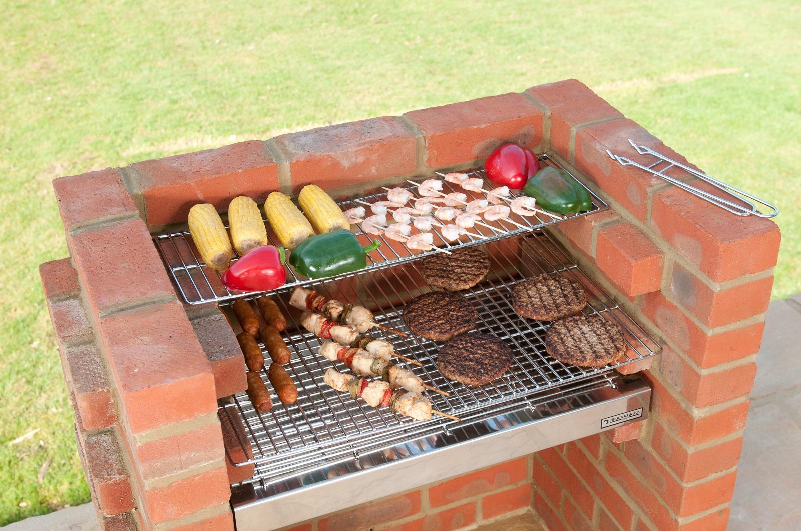brick laminate picture brick grill kit. Black Bedroom Furniture Sets. Home Design Ideas